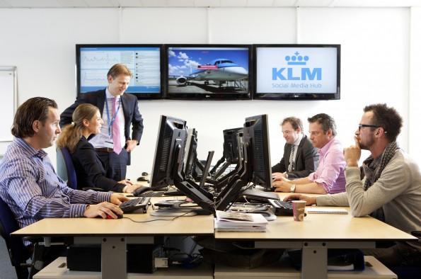 Het social media command center op het hoofdkantoor van KLM