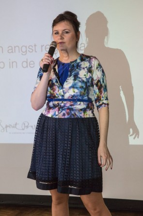BizEvent-Dolly-staand