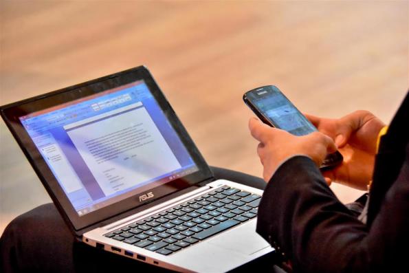 laptop-mobiel-smwrdam-2015