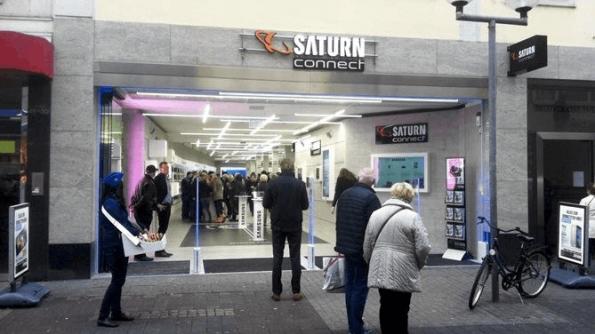 Een kleine centrum vestiging van het MediaMarkt concern, waarin Virtual Reality actief wordt ingezet in de verkoop van producten. Foto: Einkaufserlebnis Trier.