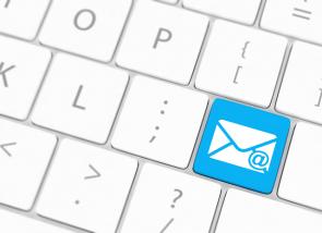 e-mailhandtekening-toetsenbord