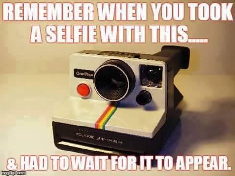 polaroid-selfie