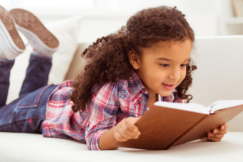 meisje-leest-boek