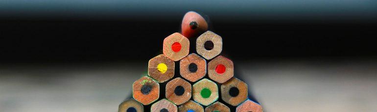 piramide van potloden