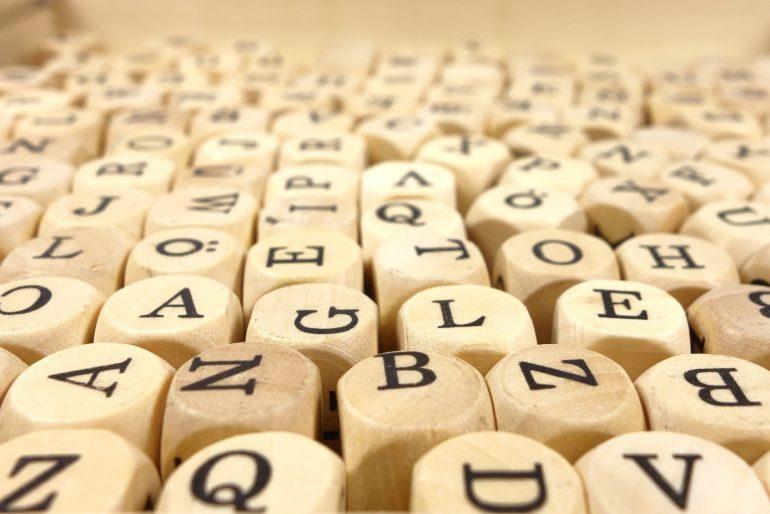 letters dobbelstenen