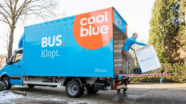 Coolblue bus
