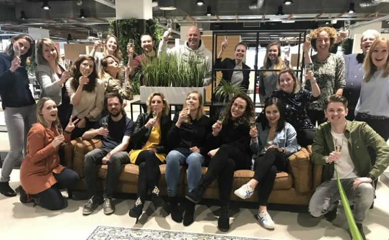 team frankwatching champagne