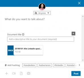 Screenshot van hoe je een bijlage deelt op LinkedIn 1/3.
