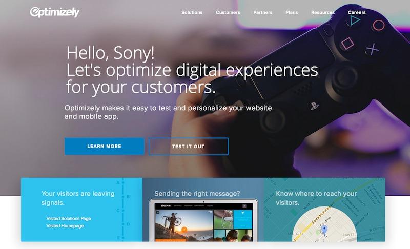 Screenshot van de website Optimizely, waar het meteen medewerkers van Sony aanspreekt.
