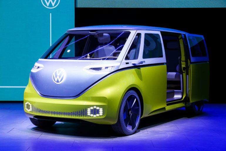 Afbeelding van een Volkswagen-busje met een nieuwe branding.