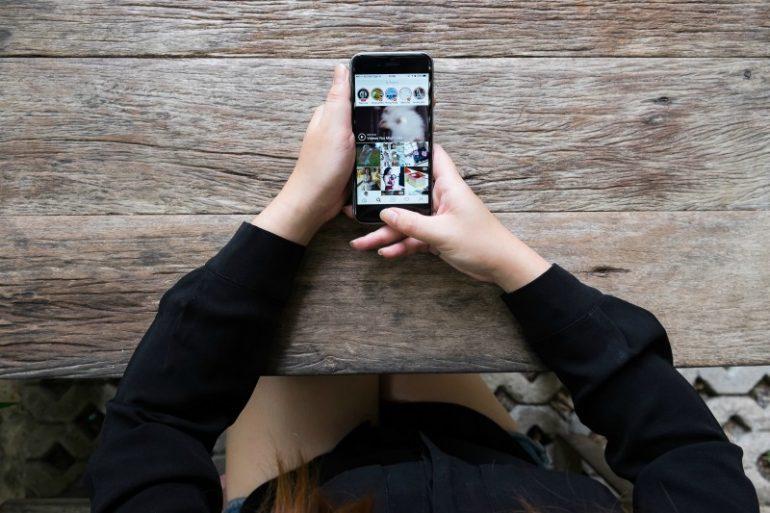 smartphone met stories