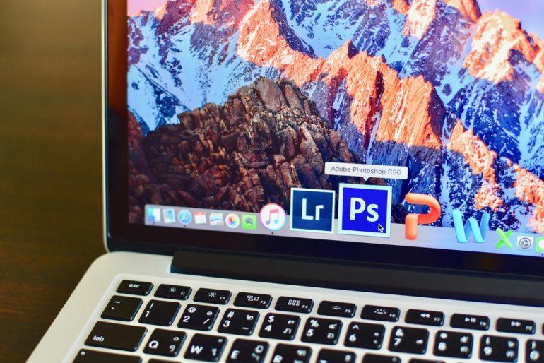 Screenshot van Photoshop op de laptop, een designprogramma.