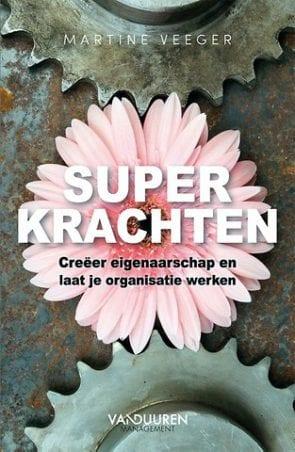 Cover van Superkrachten-boek van Martine Veeger.