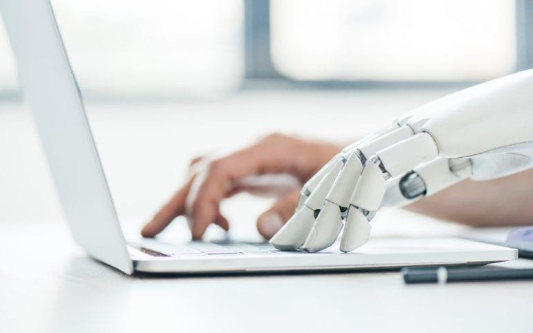 Kunstmatige intelligentie vult mens aan