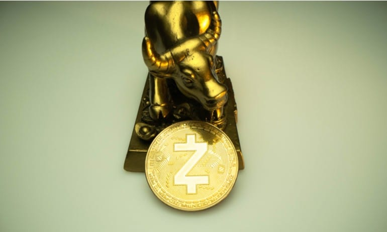 Gouden stier met munt.