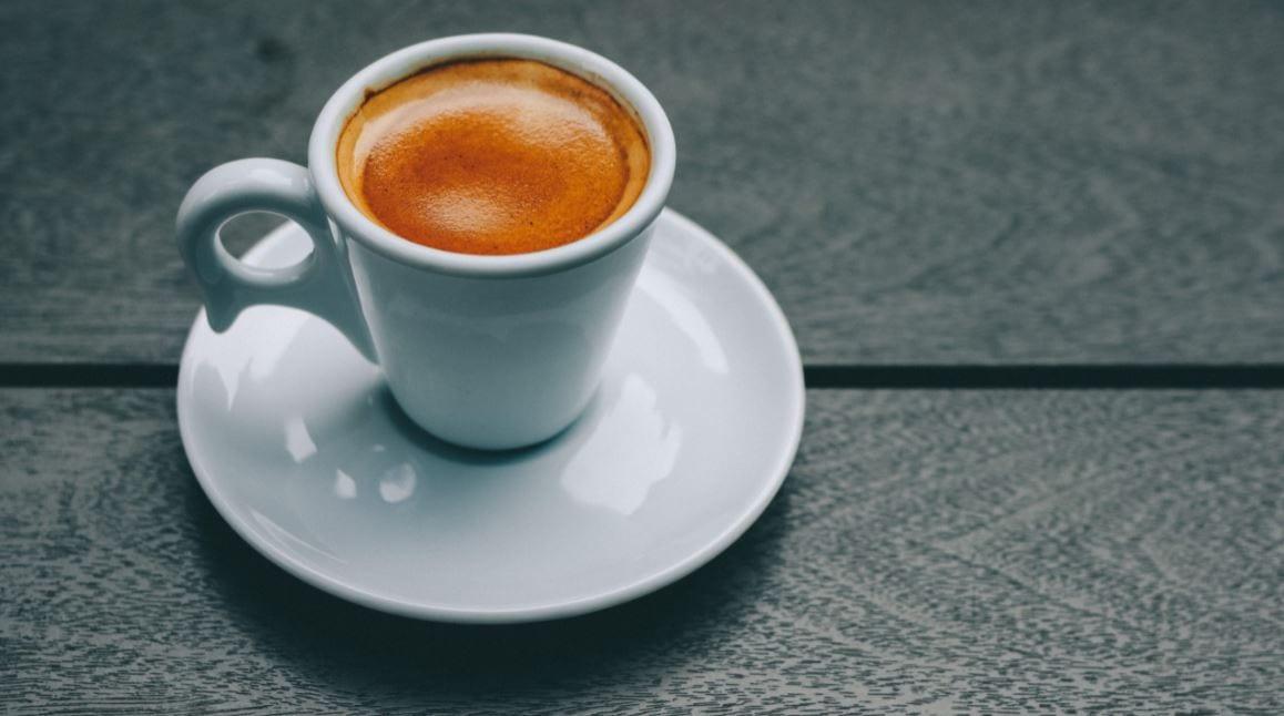 Foto van een kopje koffie.